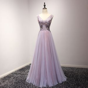 Chic / Beautiful Lilac Prom Dresses 2018 A-Line / Princess Pearl Crystal Sequins Bow V-Neck Backless Sleeveless Floor-Length / Long Formal Dresses