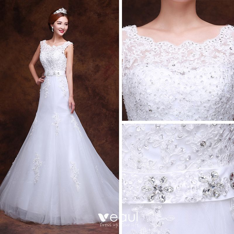 Affordable Church Wedding Dresses 2017 White Trumpet / Mermaid Court Train Scoop Neck Sleeveless Backless Lace Appliques Rhinestone Sequins