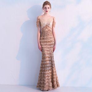 Elegante Champagner Pailletten Abendkleider 2019 Meerjungfrau V-Ausschnitt Ärmellos Quaste Polyester Lange Rüschen Rückenfreies Festliche Kleider