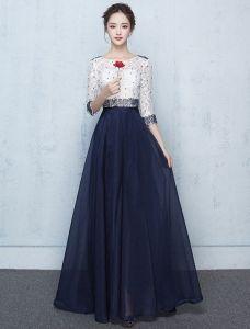 Schönes Langes Abschlussballkleid Blaue Und Weiße Spitze Festliche Kleider Wulstig
