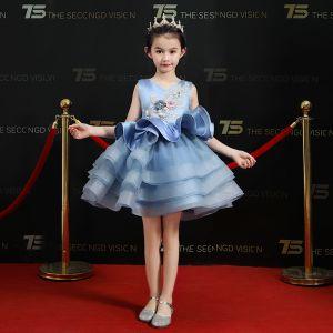 Chic / Belle Bleu Ciel Robe Ceremonie Fille 2019 Robe Boule V-Cou Sans Manches Appliques Fleur Perle Paillettes Courte Volants en Cascade Robe Pour Mariage