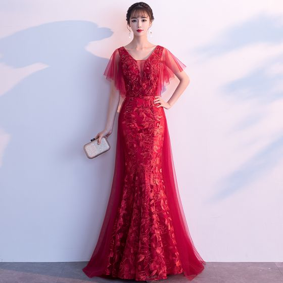 Piękne Burgund Sukienki Wieczorowe 2019 Princessa V-Szyja Kryształ Z Koronki Kwiat Kótkie Rękawy Bez Pleców Długie Sukienki Wizytowe
