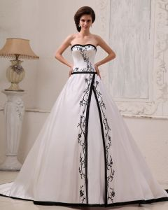 Satén Tribunal Novia Bordado Línea A De Vestidos De Novia Vestido De Novia