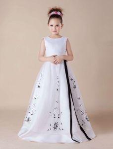 Weißer Stickerei Schärpe Satin Blumenmädchen Kleid Kommunionkleider