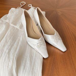 Vintage Elegante Ivory / Creme Spitze Brautschuhe 2020 Leder 6 cm Stilettos Spitzschuh Hochzeit Pumps