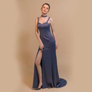a4f4d5e8c7 Stylowe   Modne Granatowe Sukienki Wieczorowe 2018 Syrena   Rozkloszowane  Plecy Bez Rękawów Bez Pleców Kokarda