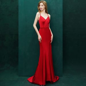 Sexy Red Evening Dresses  2019 Trumpet / Mermaid Crystal Spaghetti Straps Backless Sleeveless Sweep Train Formal Dresses