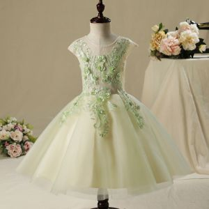 Chic / Beautiful Hall Wedding Party Dresses 2017 Flower Girl Dresses Sage Green Short Ball Gown Cascading Ruffles Short Sleeve Scoop Neck Lace Appliques Flower Pearl