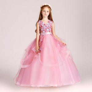 Schöne Pink Mädchenkleider 2017 Ballkleid V-Ausschnitt Ärmellos Applikationen Blumen Stoffgürtel Lange Fallende Rüsche Kleider Für Hochzeit
