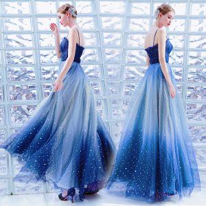 Stylowe / Modne Ciemnoniebieski Sukienki Wieczorowe 2019 Princessa Spaghetti Pasy Gwiazda Cekiny Bez Rękawów Bez Pleców Długie Sukienki Wizytowe
