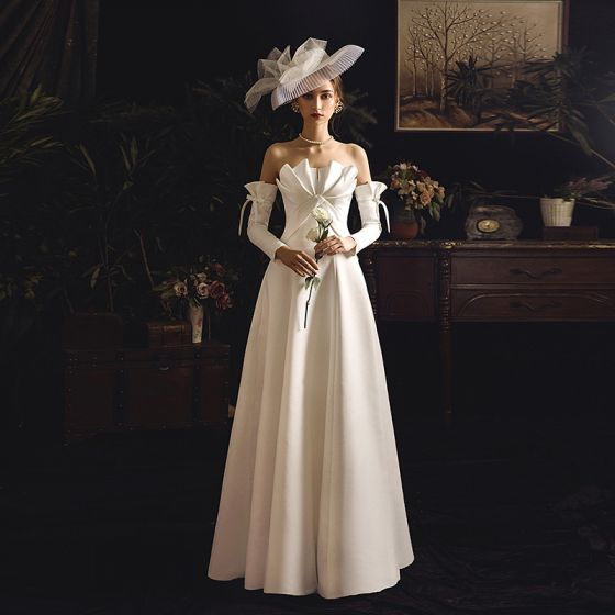 Unique Ivory / Creme Satin Brautkleider / Hochzeitskleider 2019 Empire Herz-Ausschnitt Abnehmbar Lange Ärmel Rückenfreies Lange Rüschen