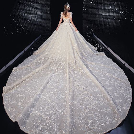 Luxury / Gorgeous Champagne Wedding Dresses 2020 A-Line / Princess Scoop Neck Beading Tassel Sequins Lace Flower Short Sleeve Backless Royal Train
