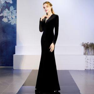 Elegant Solid Color Black Evening Dresses  2019 Trumpet / Mermaid V-Neck Suede Rhinestone Long Sleeve Floor-Length / Long Formal Dresses
