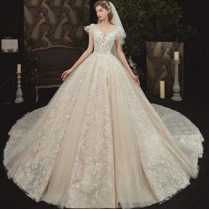 Romantic Champagne Bridal Wedding Dresses 2020 Ball Gown See-through Square Neckline Short Sleeve Backless Flower Appliques Lace Beading Glitter Tulle Cathedral Train
