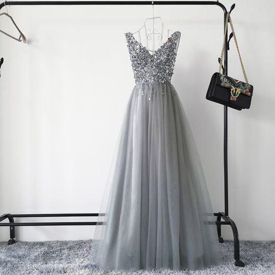 Sexig Grå Balklänningar 2019 Prinsessa Djup v-hals Ärmlös Paljetter Beading Långa Ruffle Halterneck Formella Klänningar