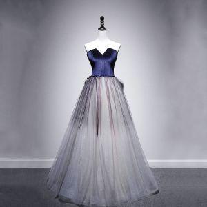 Eleganta Kungsblå Mocka Aftonklänningar 2020 Prinsessa Älskling Ärmlös Skärp Glittriga / Glitter Tyll Långa Ruffle Halterneck Formella Klänningar