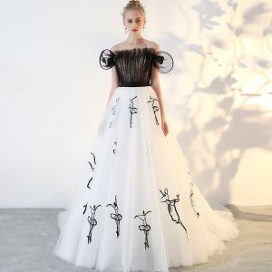 Modern / Fashion Black Prom Dresses 2018 A-Line / Princess Tulle Strapless Prom Backless Embroidered Formal Dresses