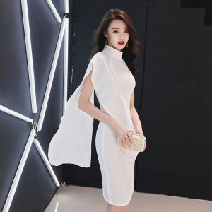 Mooie / Prachtige Witte Met Sjaal Feestjurken 2019 Hoge Kraag Mouwloos Knielengte Gelegenheid Jurken