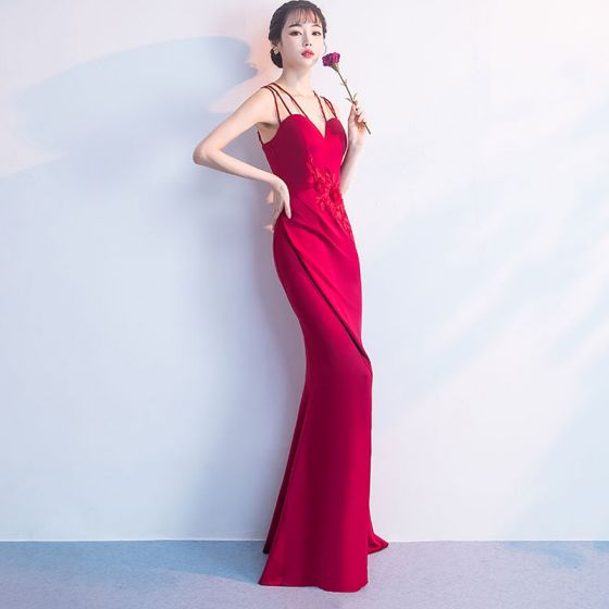 Amazing / Unique Red Evening Dresses  Floor-Length / Long 2018 Trumpet / Mermaid V-Neck Charmeuse Appliques Backless Beading Formal Dresses