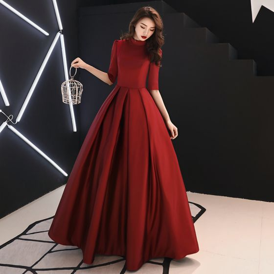 c3143a4da13 Vintage   Originale Simple Bordeaux Robe De Bal 2019 Princesse Col Haut 1 2  Manches Longue Robe ...