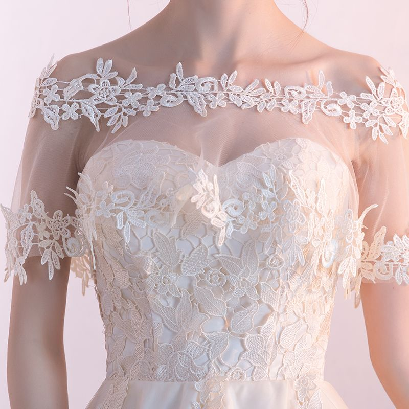 Affordable Chic / Beautiful Graduation Dresses 2017 Lace Appliques Backless Off-The-Shoulder Short Sleeve Asymmetrical Champagne Ball Gown