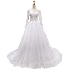 Elegant White Wedding Dresses 2018 A-Line / Princess Scoop Neck Long Sleeve Backless Appliques Pierced Lace Chapel Train Ruffle