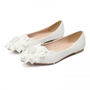 Chic / Beautiful Ivory Casual Lace Flower Flat Womens Shoes 2020 Rhinestone Pointed Toe