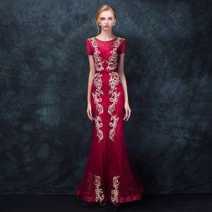 Chic / Beautiful Burgundy Evening Dresses  2018 Trumpet / Mermaid Scoop Neck Short Sleeve Appliques Lace Bow Sash Floor-Length / Long Ruffle Formal Dresses