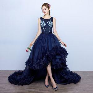 Piękne Granatowe Sukienki Wieczorowe 2017 Suknia Balowa Kokarda Aplikacje Sztuczne Kwiaty Perła Wycięciem Bez Rękawów Asymetryczny Sukienki Wizytowe