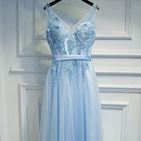 Elegante Himmelblau Brautjungfernkleider 2017 A Linie Mit Spitze Blumen Perlenstickerei Rückenfreies V-Ausschnitt Ärmellos Knöchellänge Kleider Für Hochzeit