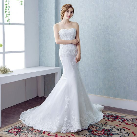 Chic / Beautiful Wedding Dresses 2017 White Trumpet / Mermaid Cathedral Train Sweetheart Sleeveless Backless Lace Appliques Pearl Sequins