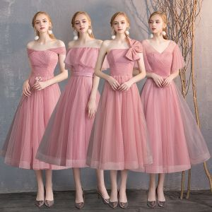 Betaalbare Candy Roze Bruidsmeisjes Jurken 2019 A lijn Gevlekte Tule Korte Ruche Ruglooze Jurken Voor Bruiloft