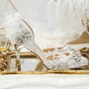 Luxus / Herrlich Weiß Hochzeit Perlenstickerei Kristall Blumen Strass Brautschuhe 2018