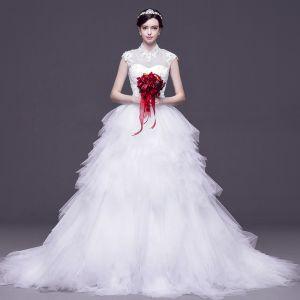 Chiński Styl Białe Przebili Suknie Ślubne 2017 Suknia Balowa Wysokiej Szyi Bez Rękawów Bez Pleców Aplikacje Z Koronki Rhinestone odpinany Trenem Sąd
