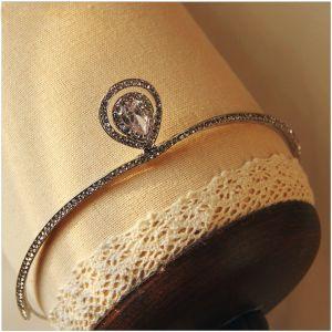 Unieke Zilveren Kristal Tiara 2017 Kralen Rhinestone Metaal Accessoires Bruidssieraden