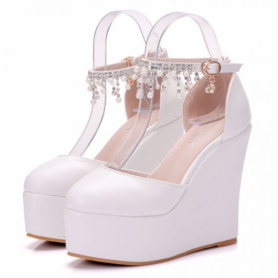 Modern / Fashion White Casual Womens Shoes 2018 Pearl Rhinestone Tassel Platform 11 cm Wedges Round Toe