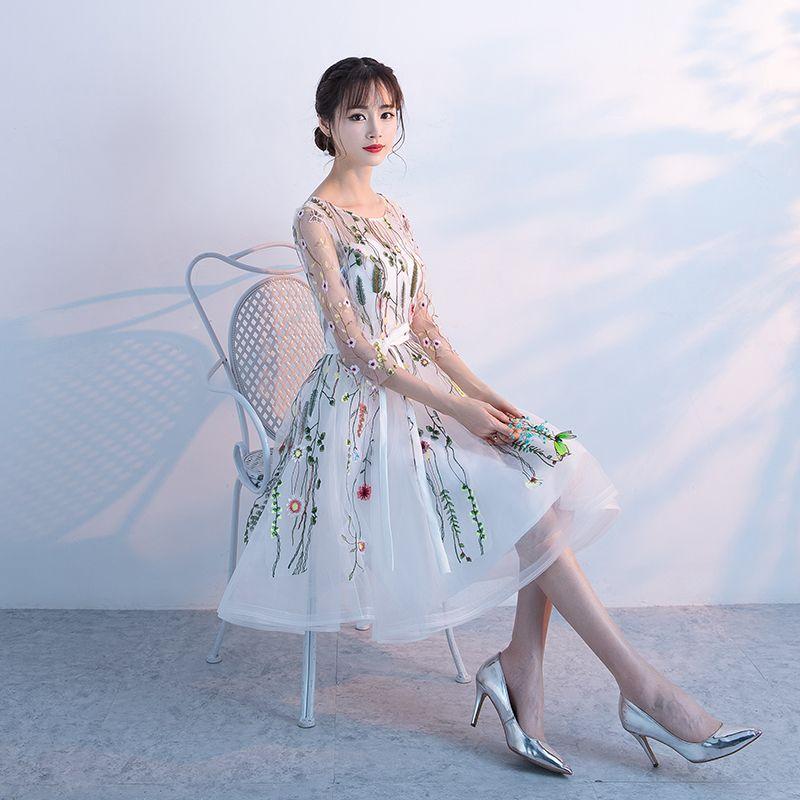 Chic / Beautiful Graduation Dresses 2017 White Short A-Line / Princess Cascading Ruffles Scoop Neck 3/4 Sleeve Backless Sash Appliques Flower Formal Dresses
