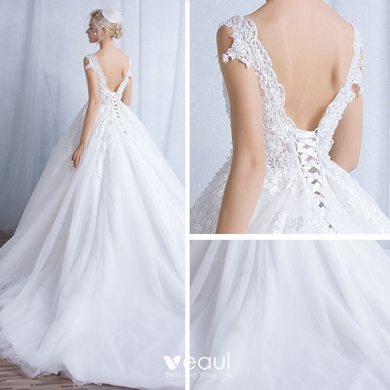 Classic Chic / Beautiful Church Hall Wedding Dresses 2017 Lace Appliques V-Neck Sleeveless Backless Cathedral Train White Ball Gown