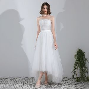 Modern / Fashion White Asymmetrical Wedding 2018 A-Line / Princess Tulle Lace-up Crystal Strapless Beach Wedding Dresses