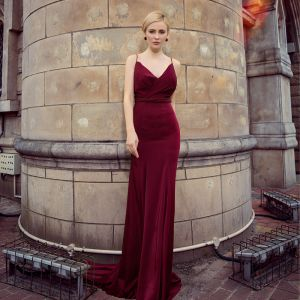 Sexy Burgundy Evening Dresses  2018 Empire Spaghetti Straps Sleeveless Beading Sash Court Train Ruffle Backless Formal Dresses