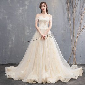 Affordable Champagne Wedding Dresses 2018 A-Line / Princess Sweetheart Short Sleeve Backless Appliques Lace Ruffle Chapel Train