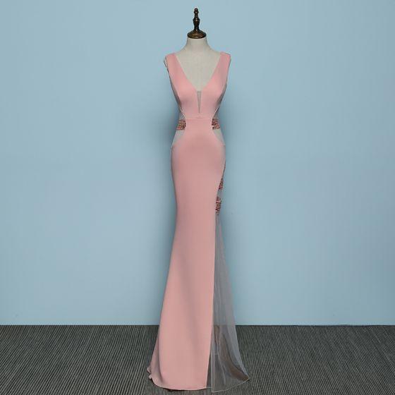 Mooie / Prachtige Parel Roze Avondjurken 2019 Trompet / Zeemeermin V-Hals Rhinestone Mouwloos Ruglooze Lange Gelegenheid Jurken