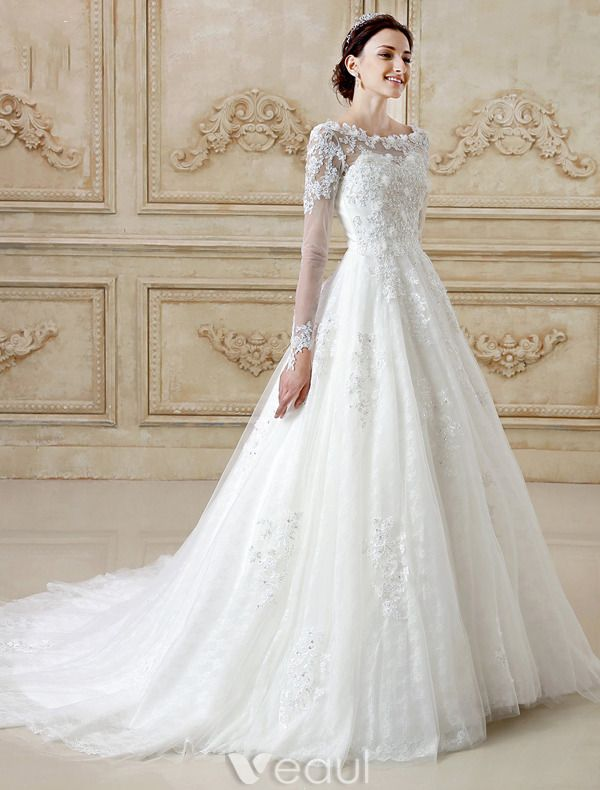 Gorgeous Wedding Dresses 2016 A-line Scoop Neckline Long Sleeves Applique Lace Backless Tulle Bridal Gown