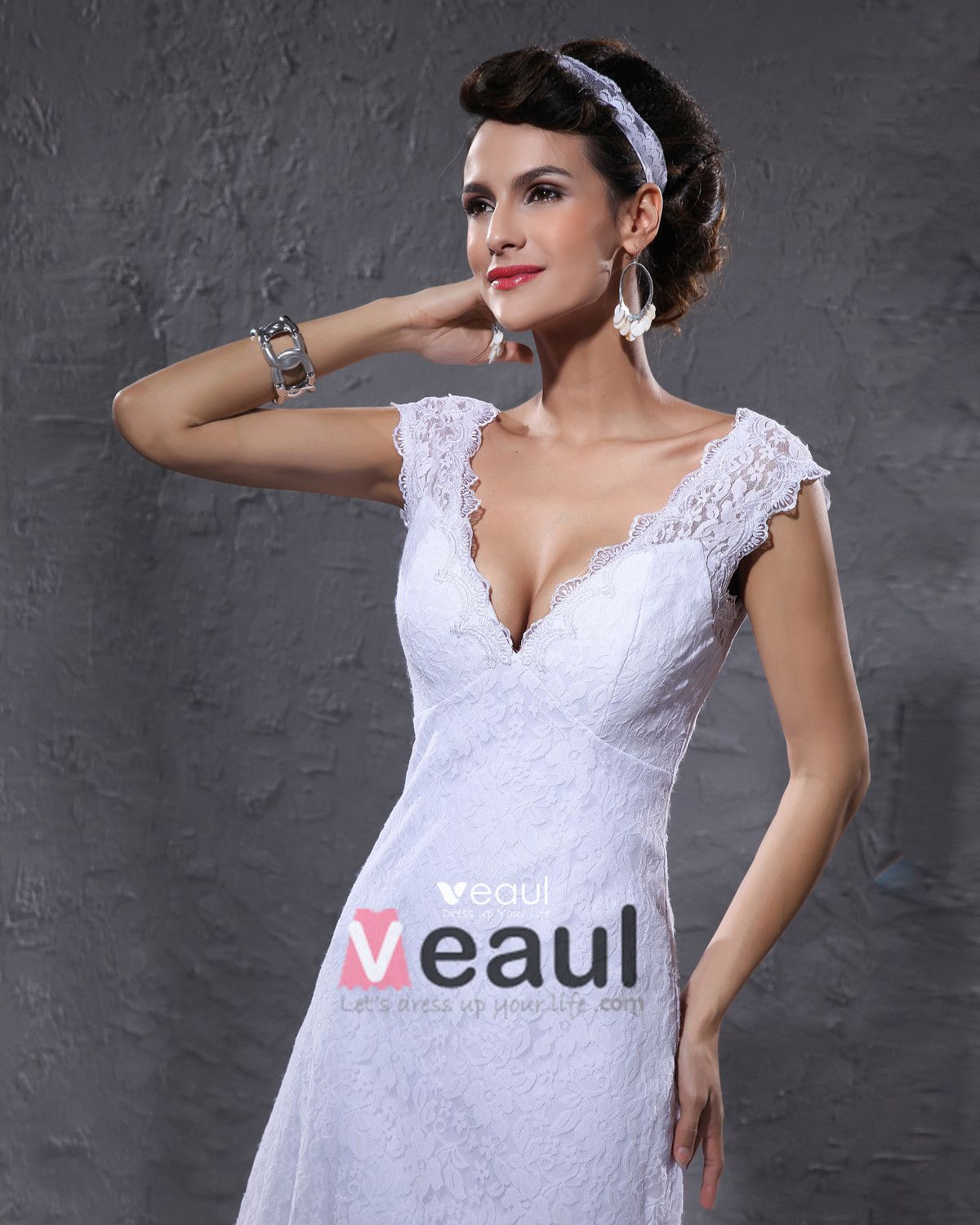 Elegant Satin Lace V Neck Knee Length Short Mini Wedding Dress