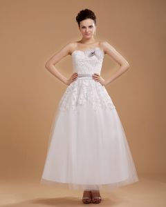 Fleurs Appliquees Amoureux De Tulle Manches Mini Robes De Mariée Courte
