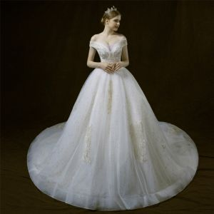 Elegant Ivory Wedding Dresses 2018 Ball Gown Off-The-Shoulder V-Neck Short Sleeve Backless Star Appliques Lace Sequins Pearl Beading Cathedral Train Ruffle