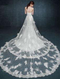 Romantische Kant Trouwjurken Witte Strapless Bruidsjurk Met Dubbele Trailing