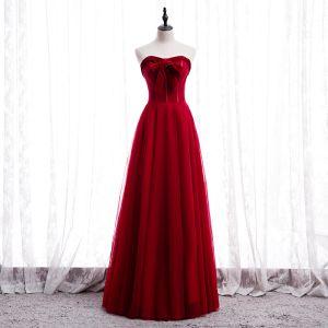 Prisvärd Röd Balklänningar 2020 Prinsessa Älskling Ärmlös Långa Ruffle Halterneck Formella Klänningar