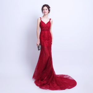Sexy Burgundy Summer Evening Dresses  2018 Trumpet / Mermaid Spaghetti Straps Sleeveless Appliques Lace Court Train Ruffle Backless Formal Dresses