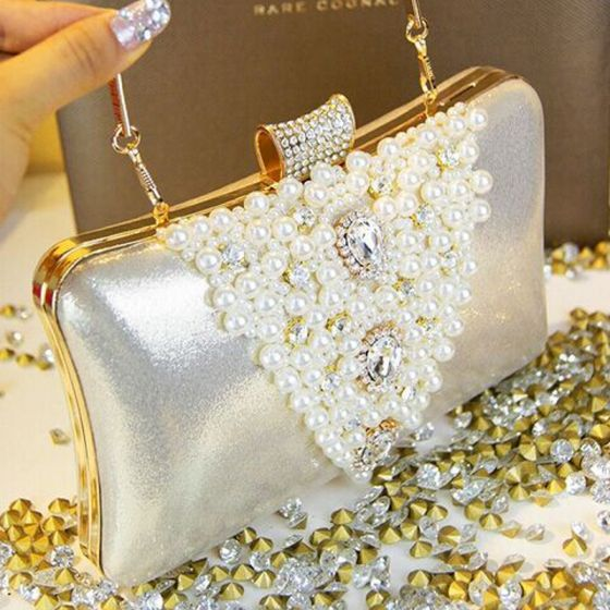 Chic / Beautiful Luxury / Gorgeous 2017 Black White Leaf Pearl Rhinestone Taffeta Outdoor / Garden Evening Party Clutch Bags
